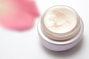 benefits pomegranate oil for skin